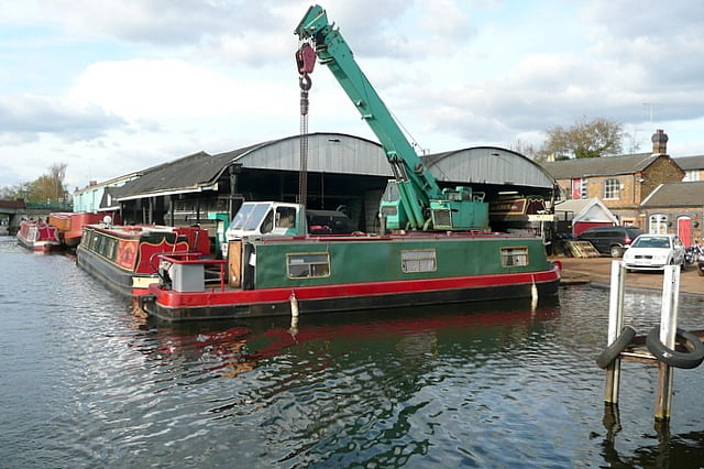 How to buy a secondhand narrowboat?