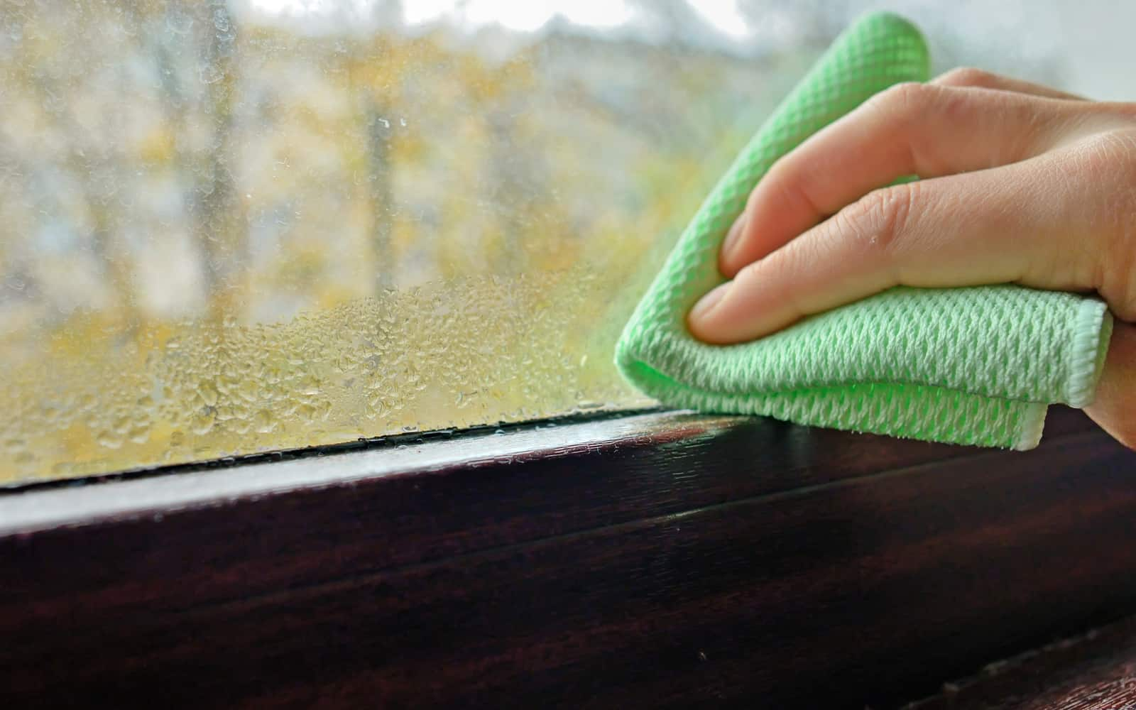 How to deal with condensation on a canal boat?